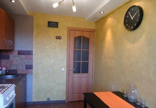 1-комнатная посуточно,  1 микрорайон 19 дом 6